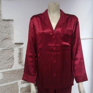 pigiama in seta rosso