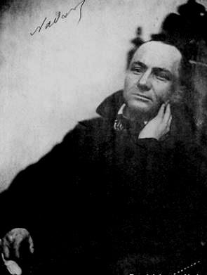 Na foto que Félix Nadar fez de Baudelaire em 1855, até assinatura teve.