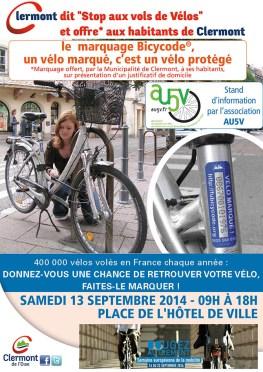 Stand d'information et de marquage des vélos contre le vol à Clermont, samedi 13 septembre 2014 - Clermont (Oise)
