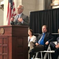 Robert Kennedy Jr. says at Ohio Statehouse that vaccines hurt kids