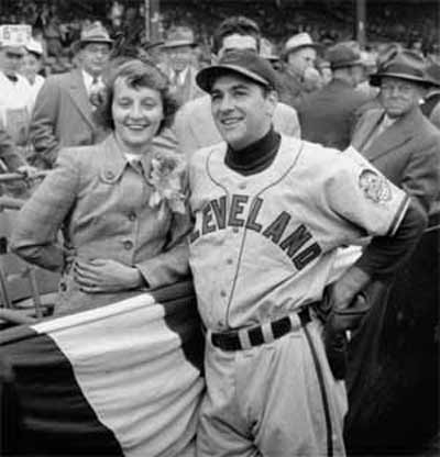 Lou Boudreau and his wife before 1948 World Series game
