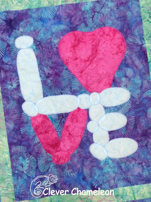 Love with a Twist signature appliqué block Lasting Love Balloon by Dione Gardner-Stephen of Clever Chameleon Quilting