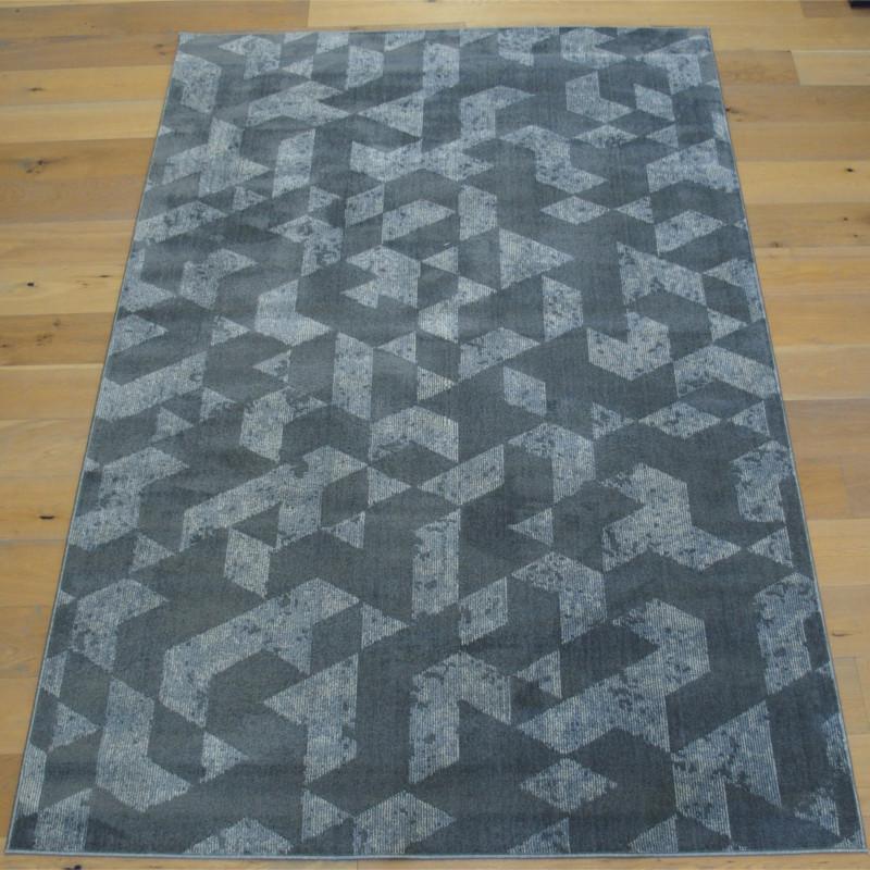 tapis tout doux fly gris a motif geometrique triangles balta 200x290cm