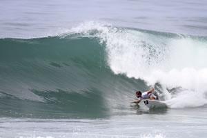 Tomas Hermes, Oakley Pro 2013, Praia da Joaquina, Florianópolis(SC). Foto: Basílio Ruy