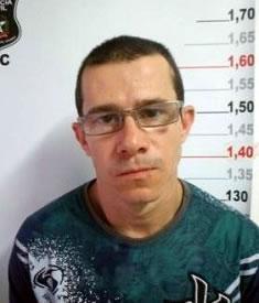 Mário foi preso enquanto registrava um boletim de ocorrência na Delegacia de Polícia da Comarca (DPCO) de Balneário Camboriú. Foto DIC BC / Divulgação