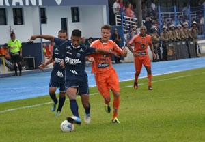 Camboriú e Guarani se enfrentaram na elite em 2013, Créditos: Rafael Nunes/CFC