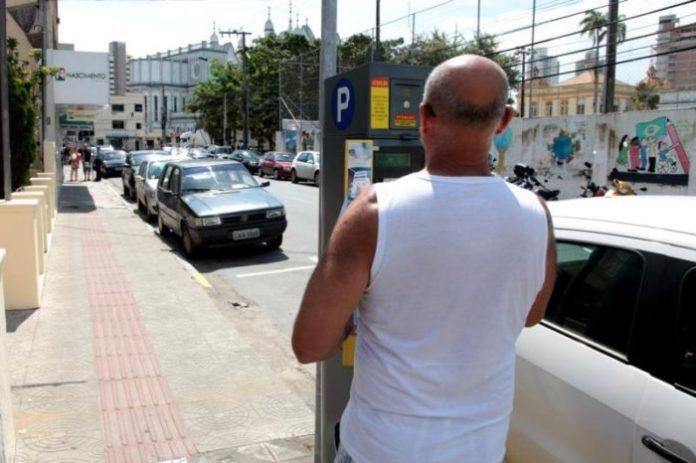 estacionamento rotativo itajai e1494520767287