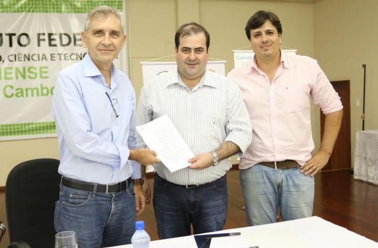 Governo do Estado lança plano de estudo do Rio Camboriú