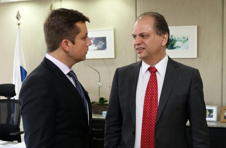 Ministro Saúde Ricardo Barros