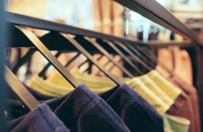 cabides roupas
