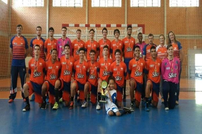 Handebol masculino disputa Campeonato Brasileiro Juvenil na cidade de São Paulo
