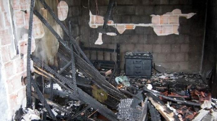 casa incendiada no monte alegre