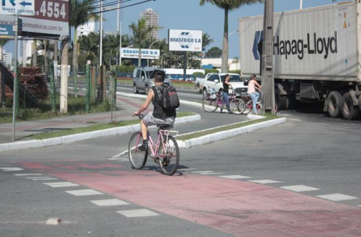 Codetran interliga ciclovias de três bairros em Itajaí