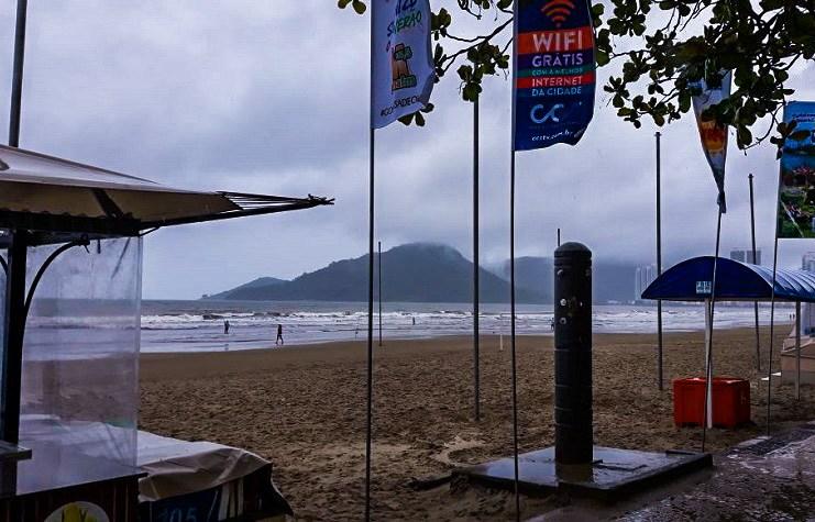 Arquivo FMEBC Praia Vazia edited
