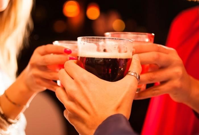 brinde com bebida