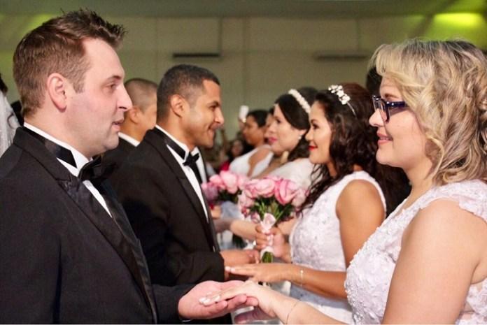 Casamento Coletivo uniu 54 casais em Balneário Camboriú