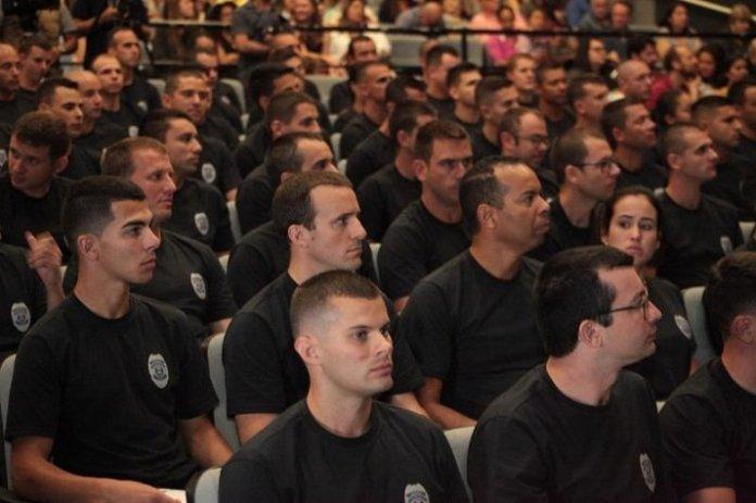 65 homens e 15 mulheres foram certificados nesta sexta-feira (07)
