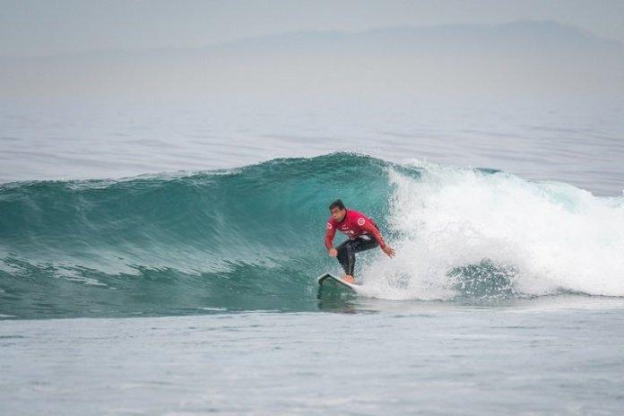 Surfista de BC conquista o bronze no Mundial de Surf