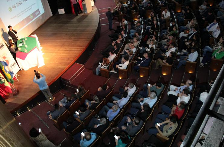 Audiência Pública apresenta processo de concessão do Centro de Eventos