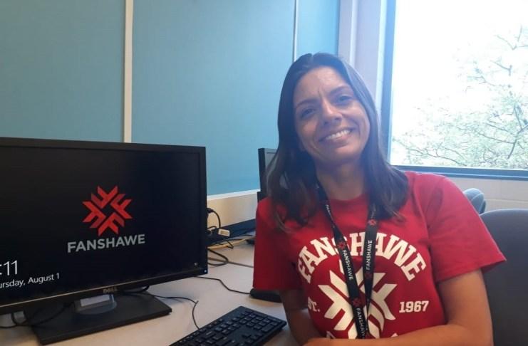 Professora de Taquaras participa de capacitação no Canadá