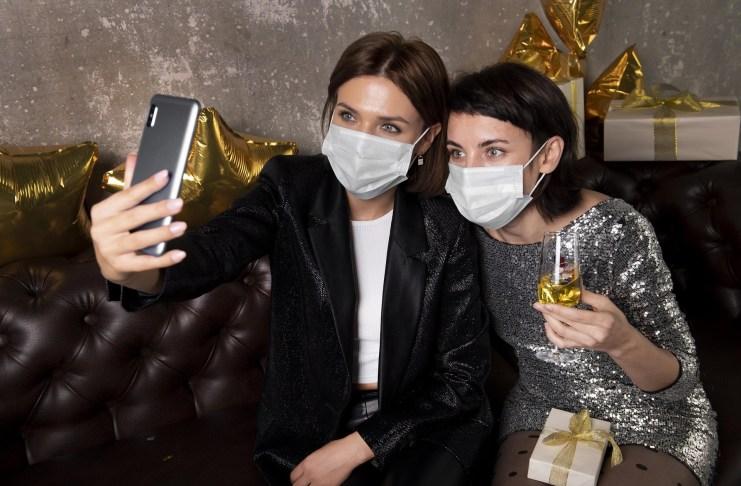 evento social covid mascara
