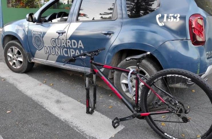bicicleta sem a roda