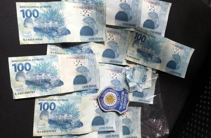 compra com dinheiro falso