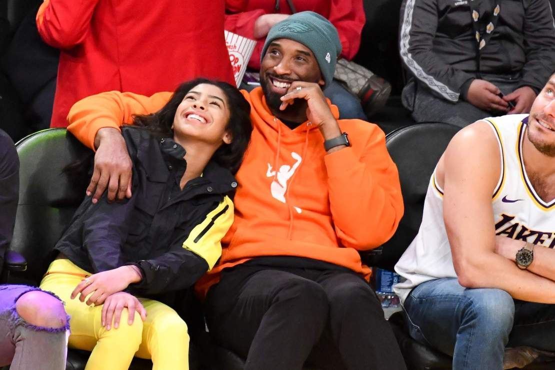 Kobe Bryant and daughter Gianna Bryant attend a basketball game between the Los Angeles Lakers and the Dallas Mavericks on Dec. 29, 2019.