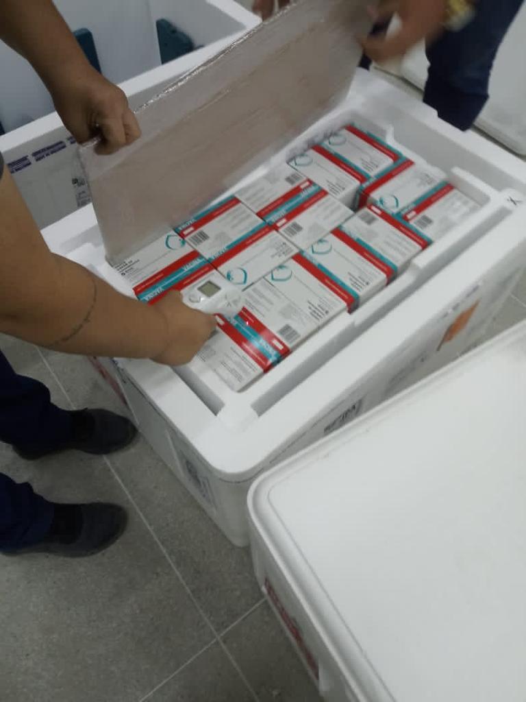 vacina_covid19_remessa_290421_paraiba_coronavac_astrazeneca3 Paraíba recebe mais 88 mil doses de vacinas contra a Covid-19 e distribuição aos municípios será feita nesta sexta-feira