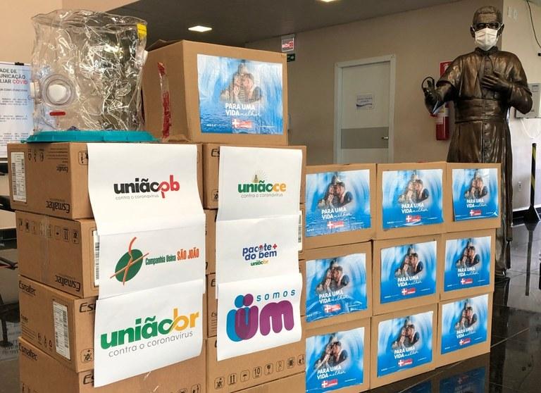 66066e81-88e5-476b-aad7-b58b3793c7ff Secretaria da Saúde da Paraíba recebe doação de capacetes Elmo para paciente acometidos pela Covid-19