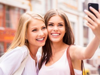 Five great apps for taking selfies