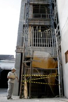 Acidente com elevador aconteceu em um centro comercial em construção em Lages-Alvarélio Kurossu