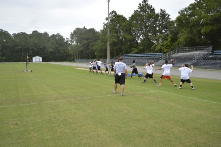 cliff_avril_2013_football_camp_6