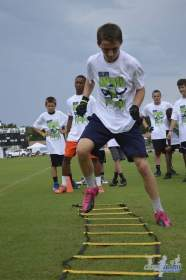 cliff_avril_2013_football_camp_114