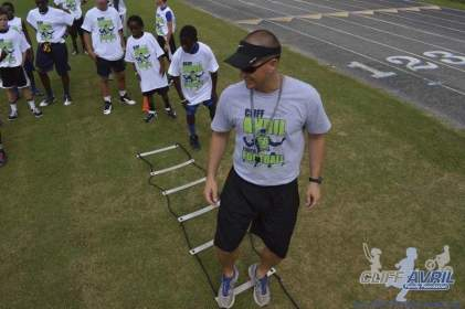 cliff_avril_2013_football_camp_139