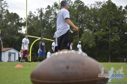 cliff_avril_2013_football_camp_72