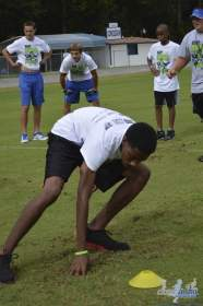 cliff_avril_2013_football_camp_96