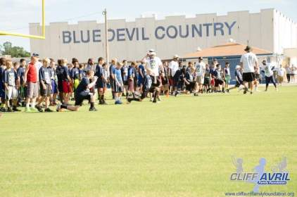 Cliff_Avril_Football_Camp_01