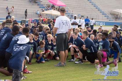 Cliff_Avril_Football_Camp_16