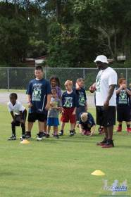 Cliff_Avril_Football_Camp_26