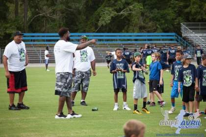Cliff_Avril_Football_Camp_56