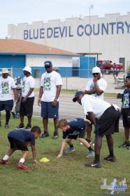 Cliff_Avril_Football_Camp_61