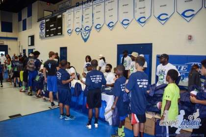 Cliff_Avril_Football_Camp_87