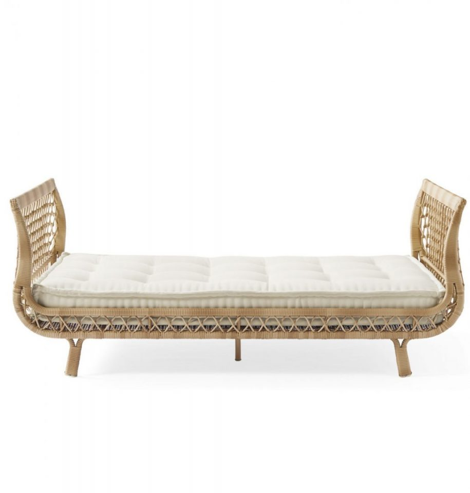 Rattan Daybeds For Summer Living