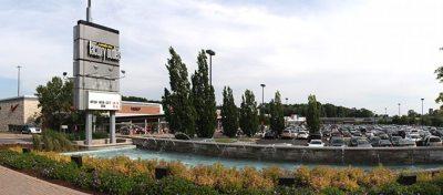 Shopping in Niagara Falls