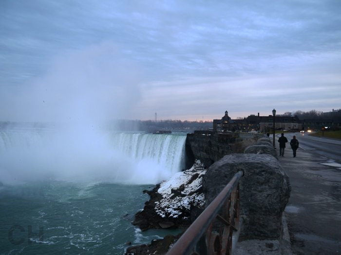 What to pack for Winter in Niagara Falls