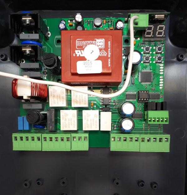 Motorline MC52 Central maniobras puerta batiente