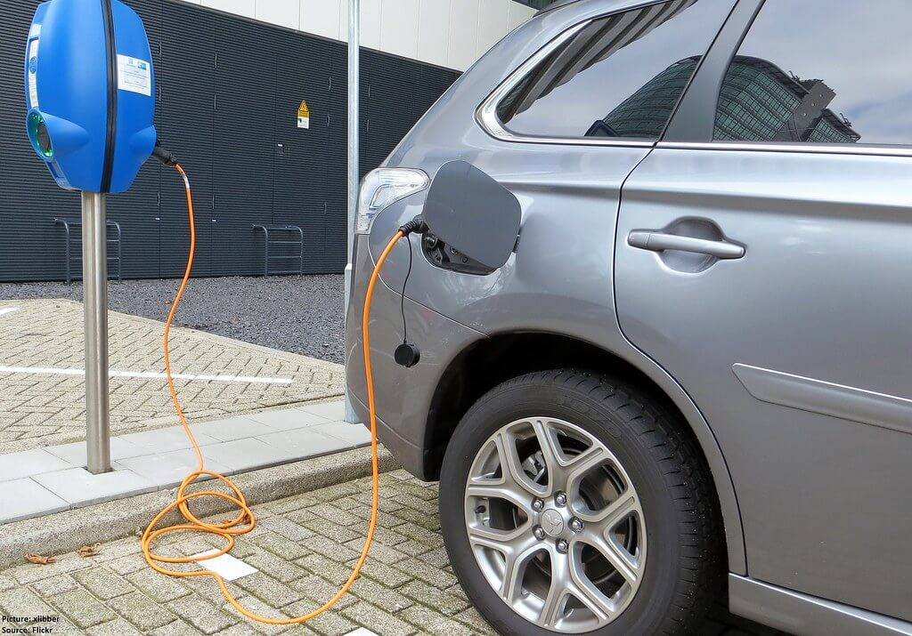 Energy Reforms Are Needed to Support Increased Use of New Electric Vehicles in China