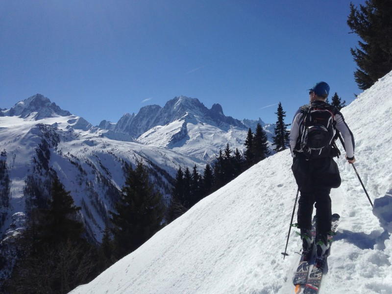 Skinning up to Chalet de Loriaz (2)
