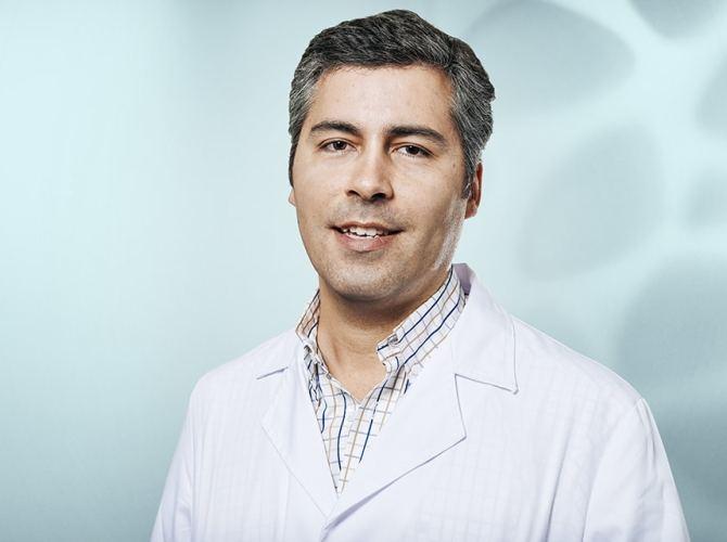 Dr.Nuno Bastos
